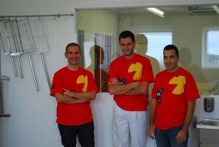 Oscar Velasco y Abel Valverde con Rubén Valbuena