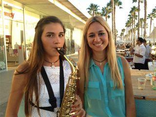 Dos miembros de la Joven Orquesta Provincial de Málaga