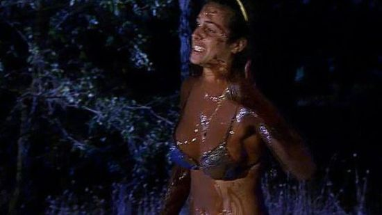 Noemí Merino durante el 'baño de chocolate'