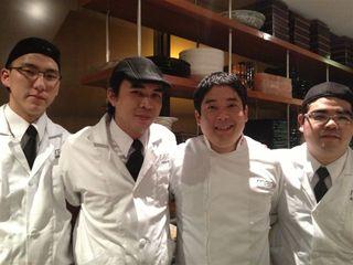 Parte del equipo de cocineros de Maido