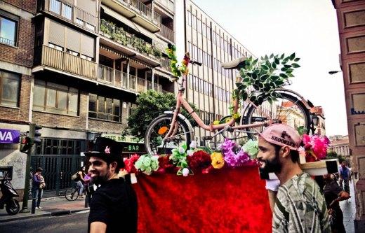 Procesión en bici en Madrid durante la Semana Europea de la Movilidad 2012