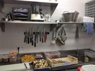 La cocina, con las dimensiones de una trinchera