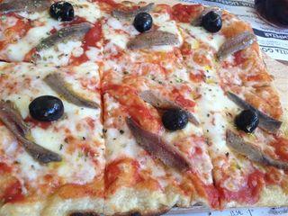 Estación de Nápoles, una de las mejores especialidades de Kilómetros de Pizza