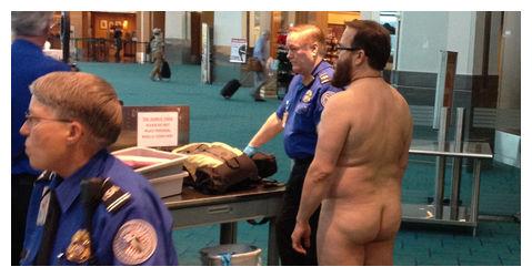 Desnudo aeropuerto