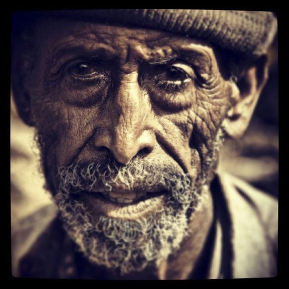 ETHIOPIAN_PORTRAITS_OLD_PEOPLE-21