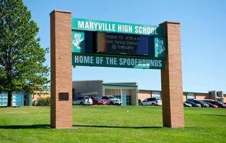 Maryville cartel bienvenida universidad