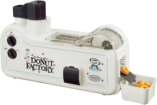 MDF-200-donut-factory-doughnut-maker-nostalgia-electrics-xl
