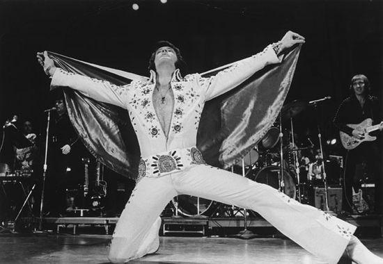Elvis_Presley_37167300