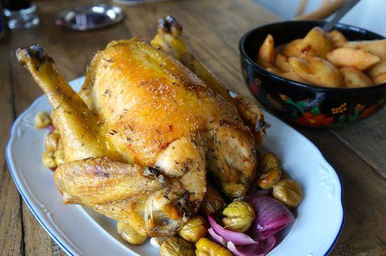 Pollo con castañas y membrillo