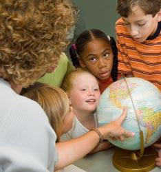 P26_teacher_kids_globe2