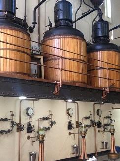 Perspectiva sala de destilación