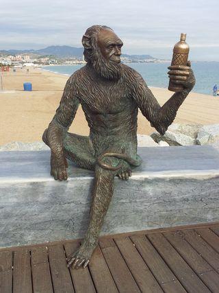 Estatua de Anis del Mono en Badalona