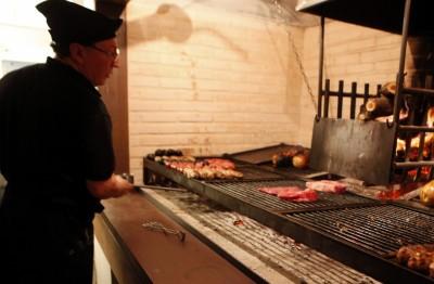 Uruguay-presume-de-carne-en-su-primer-McDonalds-al-revés-400x262
