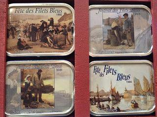 Cuatro latas de añadas distintas, la más antigua con más de 20 años. Así se venden en la planta gourmet de las Galeries Lafayette