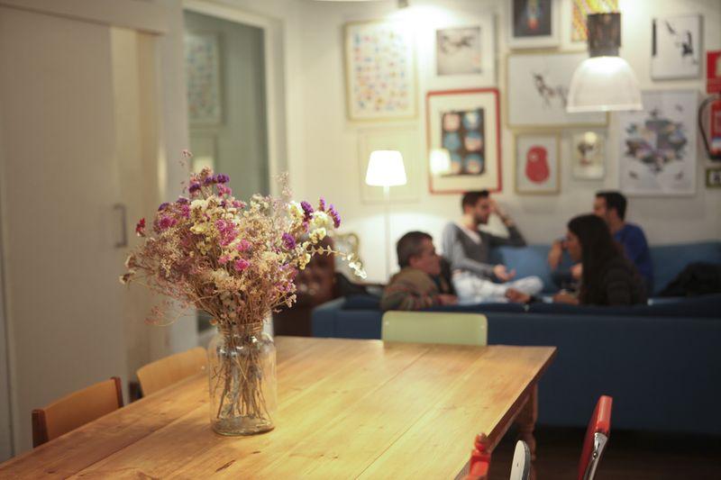 Lorenzo Vecchia y Airbnb
