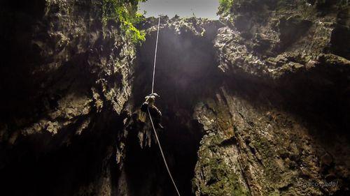 Cueva de Bombil Pek 2-Paco Nadal