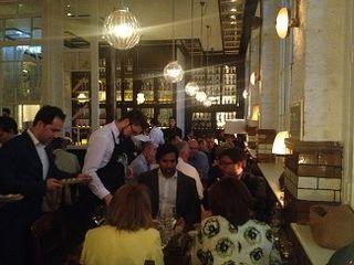 Perspectiva del nuevo local Ibérica Farringdon durante la cena
