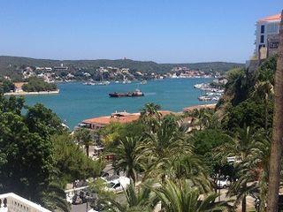 Puerto de Mahon, uno de los refugios naturales de mayor calado del Mediterráneo