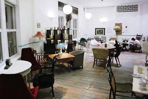 Un café donde te cobran por minutos, no por lo que tomas >> Paco Nadal >> El Viajero >> Blogs EL PAÍS
