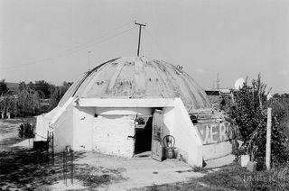 008-Albania-2003-Bunkers