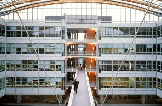 Centro de Renault dedicado al I+D en Guyancourt (Francia).