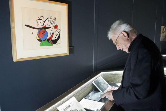 Raimon, en la exposición sobre su trayectoria en l'Arts Santa Mónica de Barcelona (JOAN SÁNCHEZ).