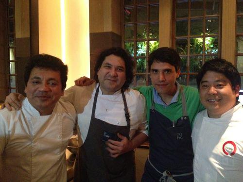 Hector Solis, Gastón Acurio, Virgilio Martínez y  Mitsuharu Tsumura  en la presentación en Bogotá de la pandilla Leche de Tigre