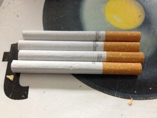 Pitillos de tabaco rubio americano empleados para sacrificar a 500 gr. de angulas