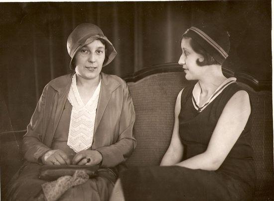 Josefina y Victoria Kent