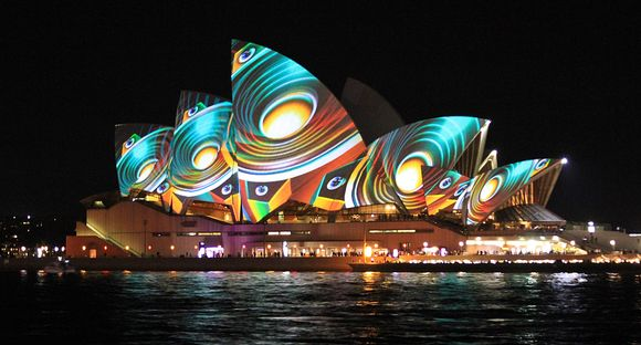 Vivid Sydney 2013.- F. BELYEU