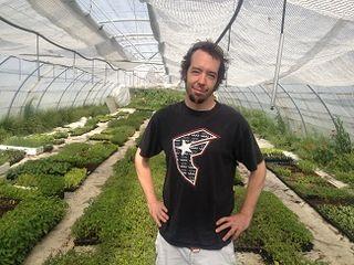 Dani Ochoa, en el semillero de La Troje, en el pueblo de El Berrueco (Madrid)