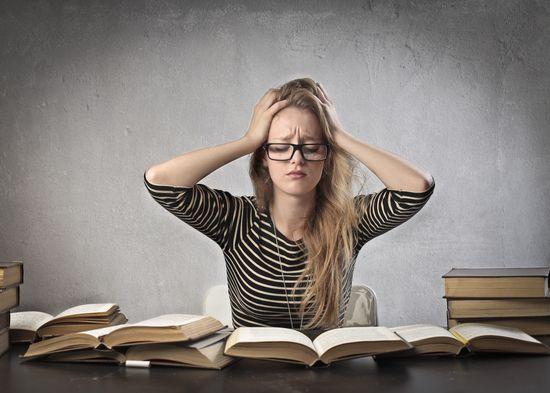 Desesperación de la estudiante