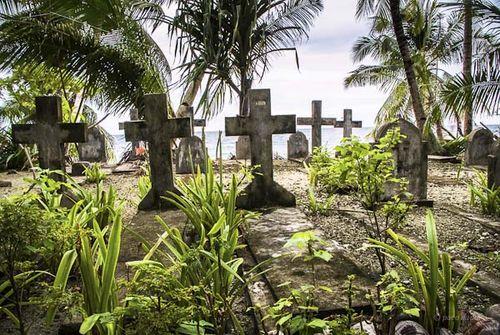 Cementerio Kapinga-Paco Nadal