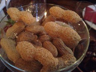 Cacahuetes miméticos, una de las tapas de la cena