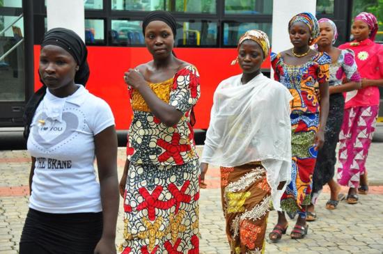 Jóvenes que escaparon de BokoHaram NIGERIA-VIOLENCE