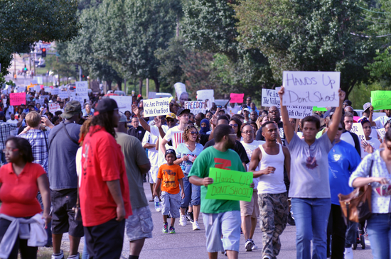 Ferguson,_Day_4,_Photo_26