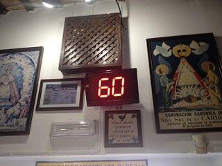Contador de tortillitas en Casa Balbino. En horas punta la demora para conseguir una ración oscila entre 45 minutos y una hora