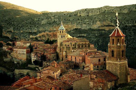 800px-Vista_de_Albarracín Orval  Rochefort wiki