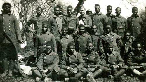 Soldats-tirailleurs-archives