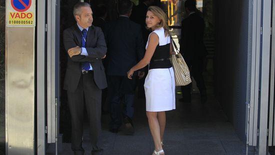 Dolores-de-Cospedal-a-su-llegada-a-la-Audiencia-Nacional-donde-declaro-ante-el-juez-Ruz-en-calidad-de-testigo-