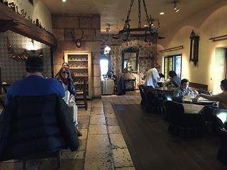 El bar, un lugar de corte clásico donde priva la informalidad