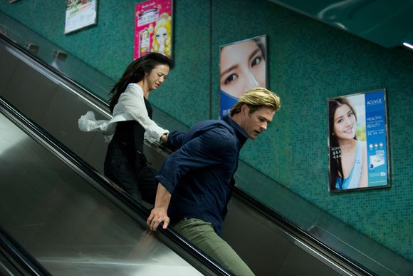 Chris-hemsworth-blackhat-movie-5