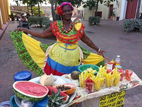 La palenquera de la plaza San Pedro Cartagena