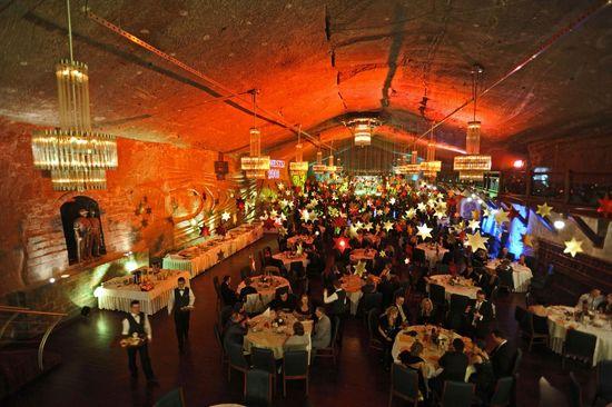 Sala de banquetes de las minas de sal de Wieliczka