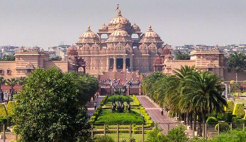 1. Akshardam Temple - Paco Nadal