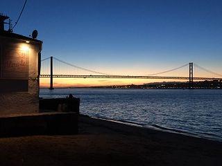 Atardecer en Lisboa en el merendero A Tirate O Río, un lugar muy especial