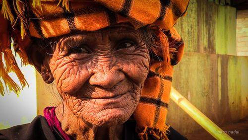 3. Mujer pa-o, trekking al lago Inle, Birmania - Paco Nadal