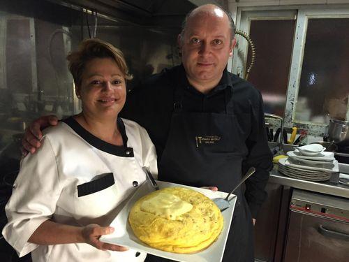 Elena Quintero y Alex Estevez, propietarios del bar Don Alex