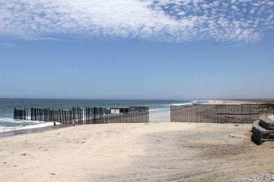 FronteraBorrada-958x638