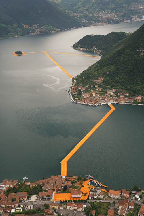 Christo-and-jeanne-claude-floating-piers-lake-iseo-italy-designboom-04